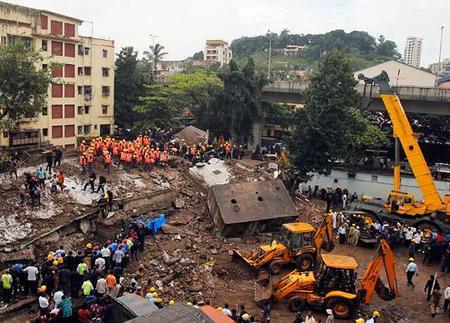 В Индии рухнула пятиэтажка