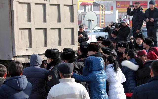 беспорядки на шымкентском авторынке